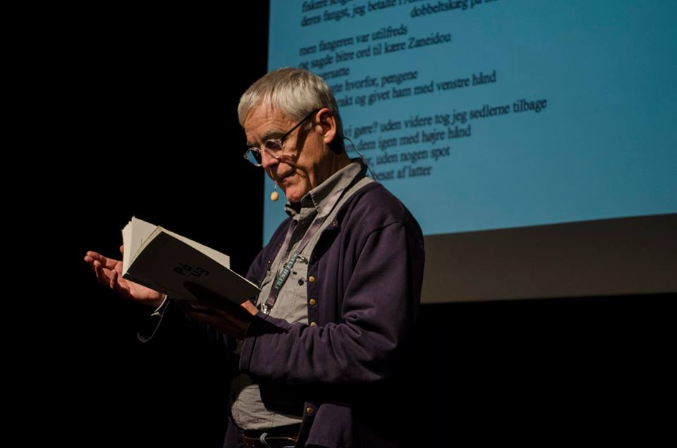 Jacquet Jouet, poet, reads from his book På/En, new Oulipo poems created during his residency in Aarhus. Photo by Kasia Skoluda